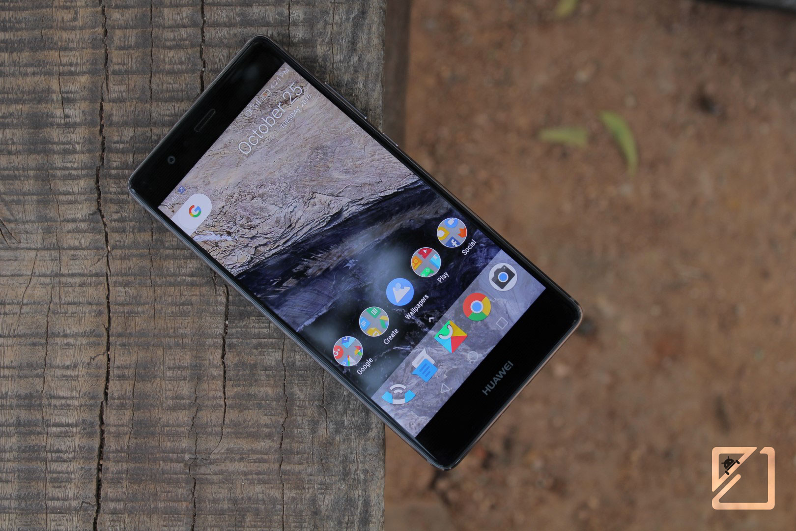 How to get Google Pixel 2's Live Wallpapers on your current